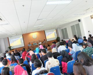 Menuju Universalisasi Convention on Cluster Munitions