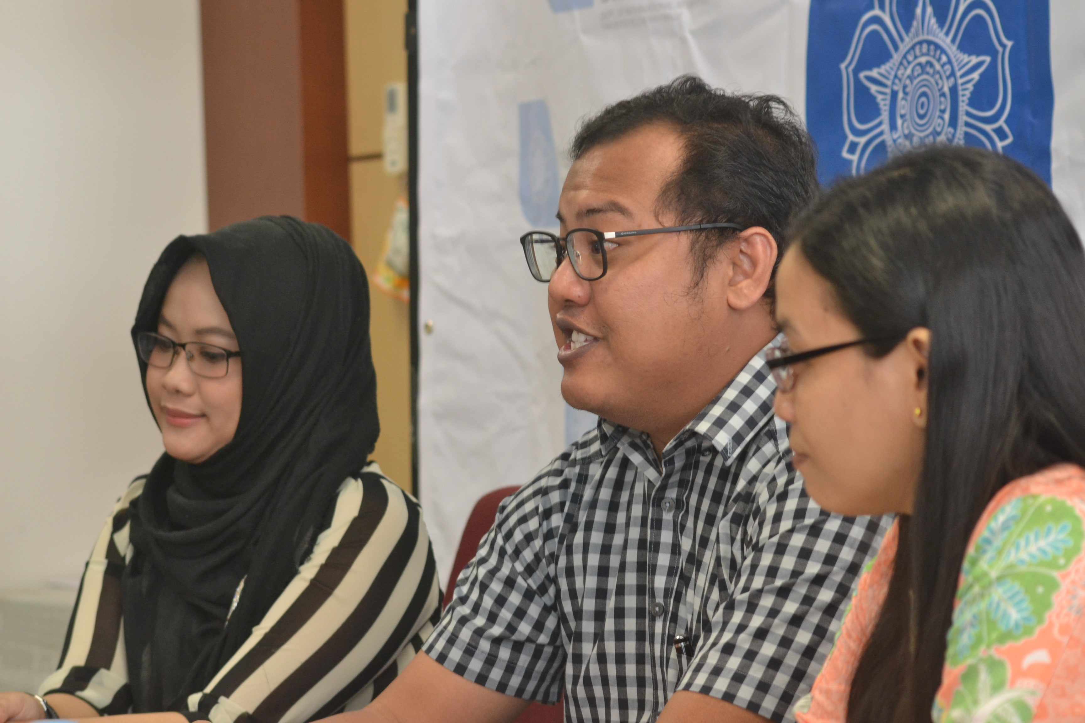 Employment Access as Potential Solution in Handling Refugees in Indonesia