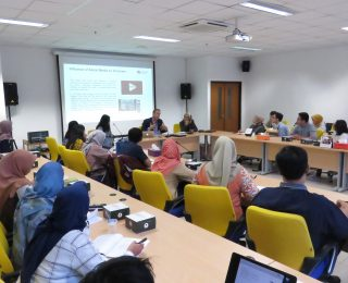Public Lecture 'Social Media and Violent Extremism in the Asia Pacific' bersama Dr. Julian Droogan